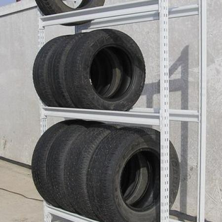 Универсальный стеллаж для шин и колес|1